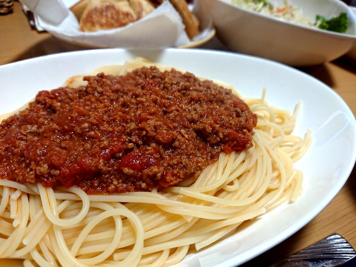 【アレンジ簡単】トマト缶と鶏ガラスープで簡単・激ウマなミートソースのレシピ!