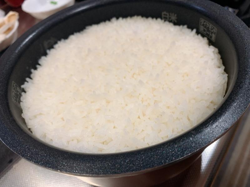 なみなみの3合白米