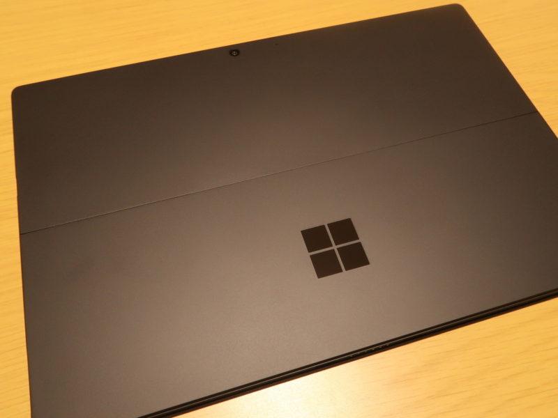 SurfacePro 7の背面