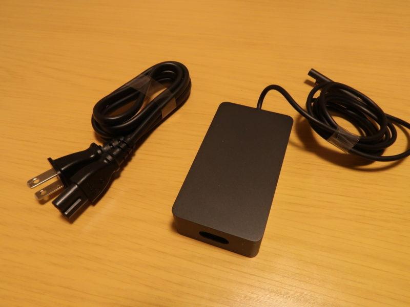 SurfacePro7の充電アダプタ