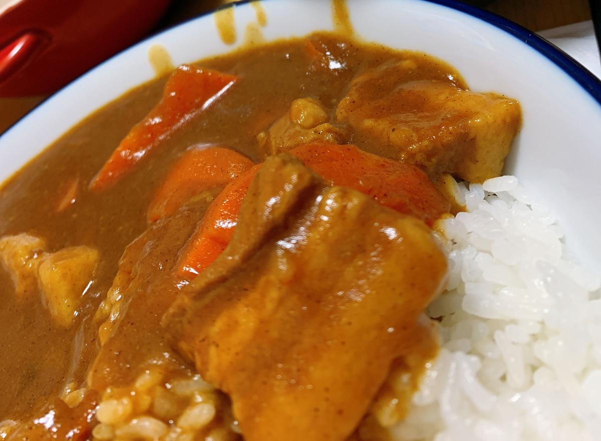 豚角煮カレーの作り方 | 分厚い角煮好きも納得!圧力なべ無し、市販のルーで簡単に作れます