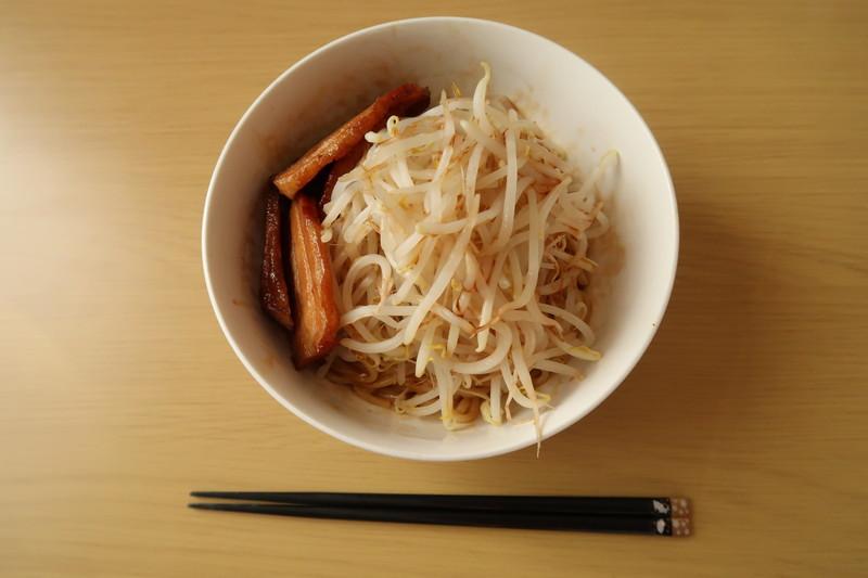 【二郎系まぜそば】美味い!アレンジ自在!市販スープで作る簡単まぜそばレシピ!